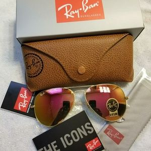 640d6848d7 Ray Ban Aviator Sunglasses Pink Gold Rb3025 NEW. NWT